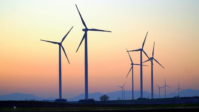 Anlageklassen assetklassen Energie Erneuerbare Energie Windkraft Investment in Energie Sachwertbeteiligung Energie Sachwertinvestment Sachwertbeteiligung Zweitmarkt für Sachwertinvestment Assetmanagement Anlageklassen Investment Advisor Secundus Advisory